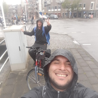 Bruno and Arthur are starting to LOVE the rain (Gouda)